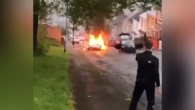 Meanwhile-in-Swansea-Wales-rioters-set-fire-to-vehicles-and.jpg