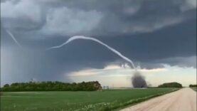 WATCH: Tornado touches down in Brock, Saskatchewan – Canada.