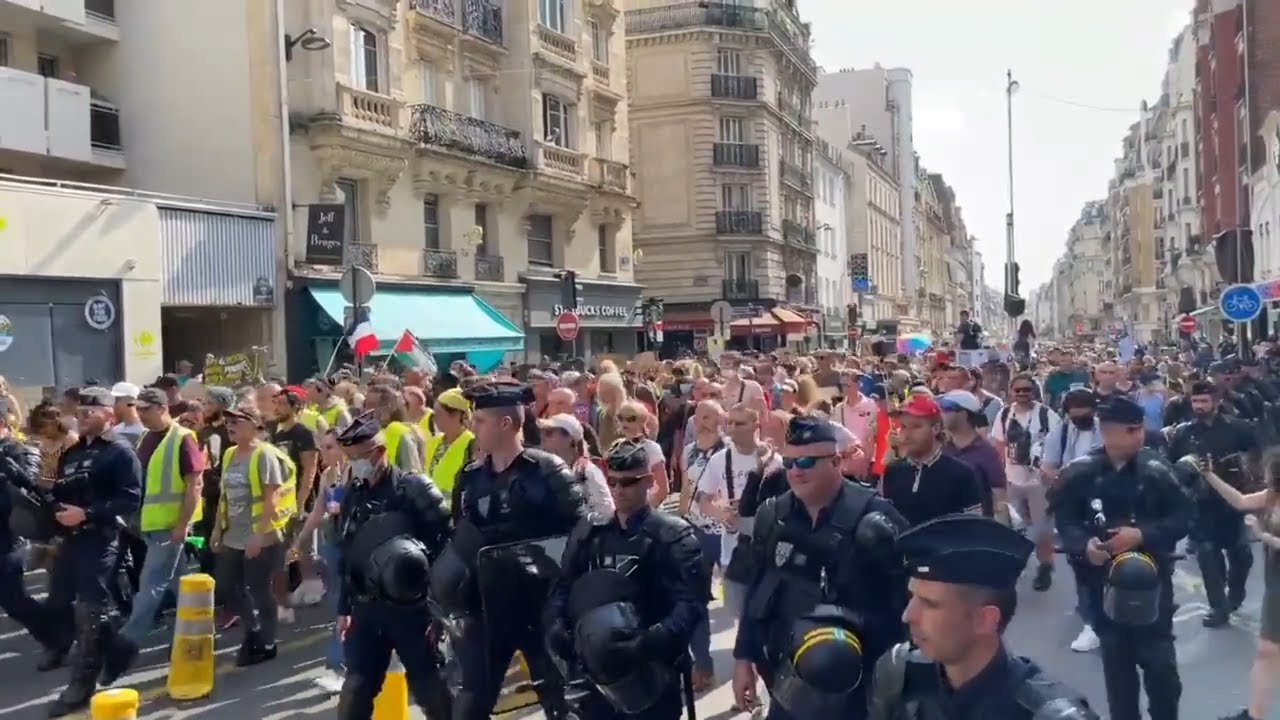 Again more Police Officers in France lay down their arms